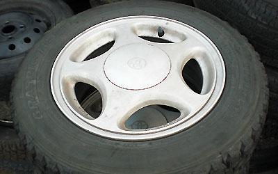 アルミホイール付きのタイヤ買い取ります。